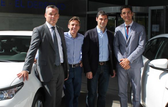 Lefebvre · El Derecho equipa a su red comercial con Toyota Auris hybrid