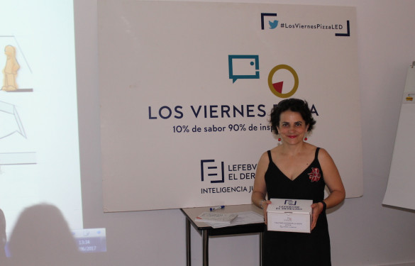 Elisa Alvarez, ganadora de la V Edición del Viernes Pizza de Lefebvre-El Derecho
